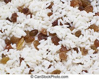 texture of white rice with raisins