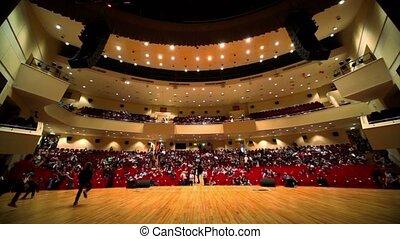 théâtre, gens, asseoir, grand, clair, lot, événement, avant