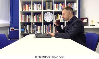 thé, boire, bureau, homme affaires