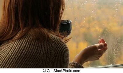 thé buvant, femme, fenêtre