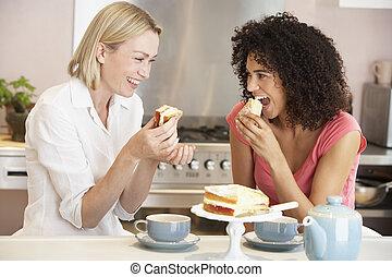 thé, femme, gâteau, maison, apprécier, amis