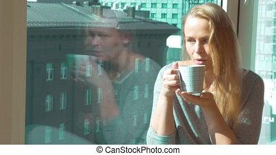 thé, fenêtre, femme, boire, matin