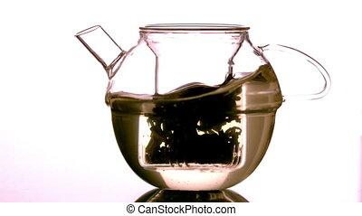 thé, lâche, tourbillonner, eau, autour de