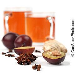 thé, prune, épices