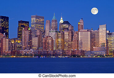 Th New York City Skyline - The New York City skyline from ...