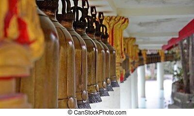 thaï, ancien, temple, cloches