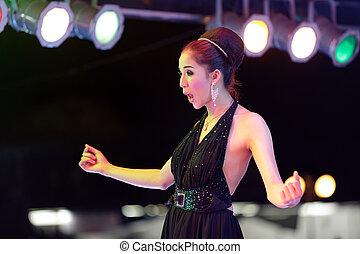thaï, chanteur, transsexual