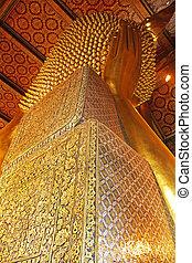 Thai art on the back of the Buddha.