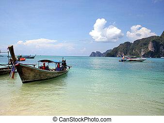Thai boat in the ocean