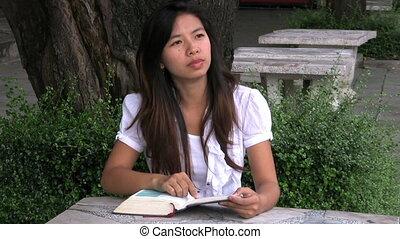 thai, boek, lezende , meisje
