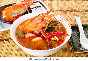 thai tom yum soup - hot and sour soup