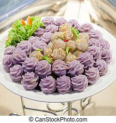 Thai dessert name is Kanom sago