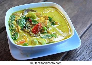 Thai food, Green curry chicken.