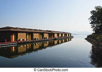thai lakeside cabins