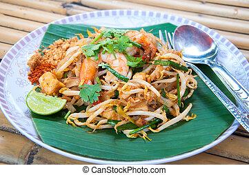 Thai noodles with shrimp (Pad Thai)