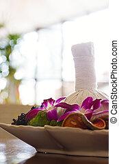 Thai spa massage arrangement