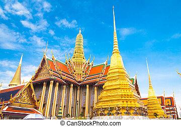 Thailand, Bangkok, The Wat Phra Kaew ( Temple of the Emerald Buddha), famous for golden pagoda.