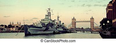 Thames River London - HMS Belfast warship and Tower Bridge ...