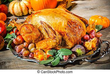 Thanksgiving turkey - Thanksgiving dinner. Roasted turkey on...