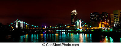 3rd Avenue Bridge - The 3rd Avenue Bridge on the North Side...