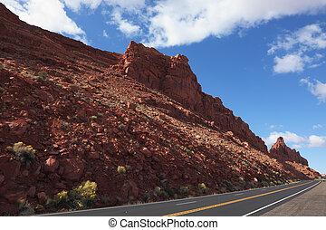 The American road between rocks