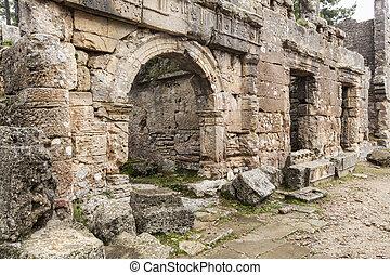The ancient ruins of Seleucia