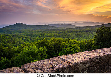 The Appalachian Mountains at sunset, seen from the Blue Ridge Pa
