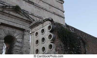 The Baker's Tomb in Rome - The ancient Roman Tomb of ...