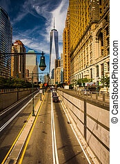The Battery Park Underpass and One World Trade Center in ...