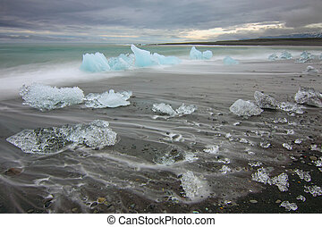 The beach at Jokulsarlon in Iceland