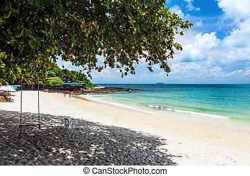 The beach on Koh Samet Island in Thailand