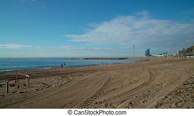 the beaches of barcelona almost empty - Barcelona beach ...