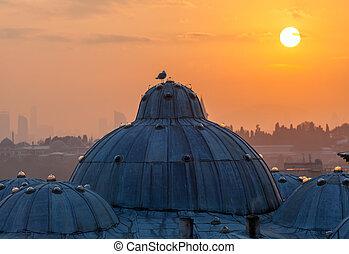 The beautiful Suleymaniye mosque in Istanbul, Turkey
