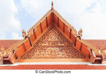 Thai gable - The beautiful traditional golden Thai gable at...