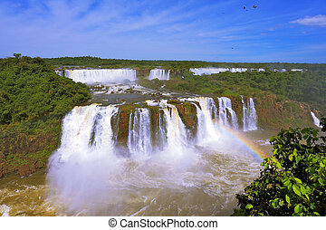 The best-known falls - Iguazu - The magnificent rainbow...