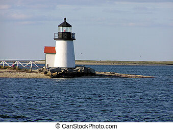 the Brant Point Lighthouse at the enterance to Nantucket Harbor