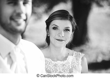 The bride look romantic