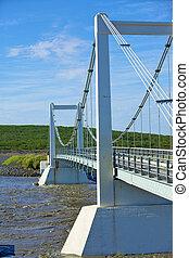 the bridge over icelands j ...
