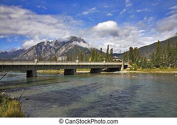 The bridge through the river.