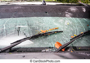 broken windshield in car accident