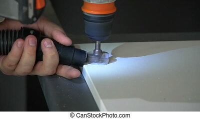 The Builder works with an electric cutter.