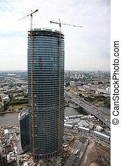 the building of the skyscraper