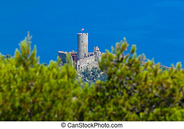 The castle of Noli - Castle Monte Ursino on the hills of...