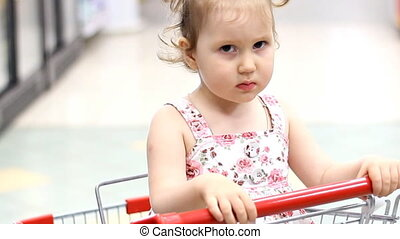The child in the supermarket