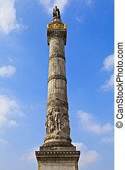 Congress Column in Brussels