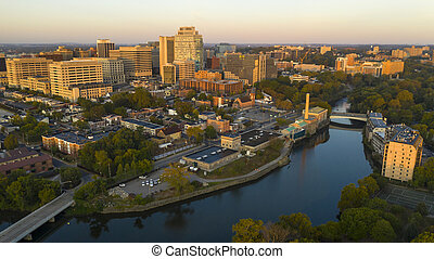The Delaware River Flows Smoothly By Wilmington at Dawn - ...