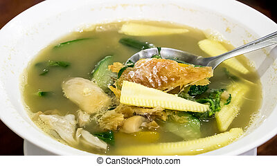 Thai spicy mixed vegetable soup (Kang Liang)