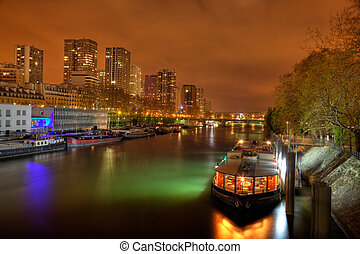 The district of Grenelle by night
