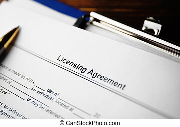 The document Licensing Agreement is ready for signing.