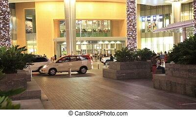 The Dubai mall entrance door